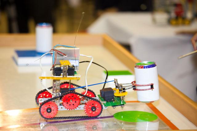 شروع دوره مقدماتی کلاسهای رباتیک